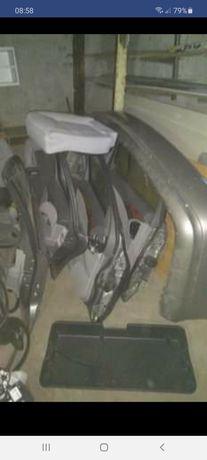Mercedes Klapa bagaznika tył tylna kombi czesci w211 e klasa