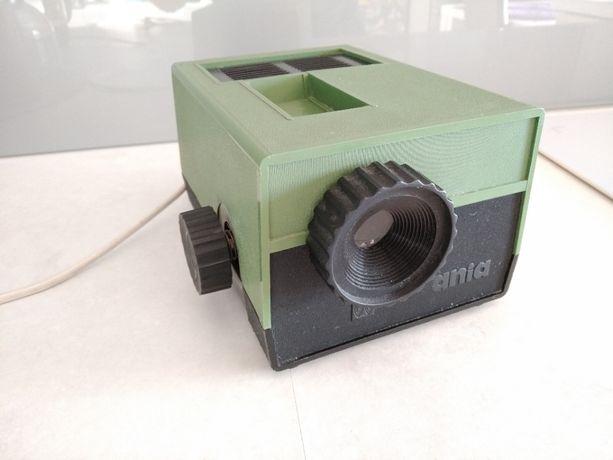 Diaskop Ania, projektor, rzutnik PRL + GRATIS 5 bajek