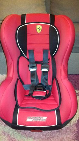 Fotelik samochodowy Scuderia Ferrari ISOFIX 9-18 kg