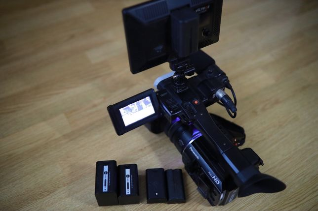 Видеокамера Проф Panasonic AC-30+ аксессуары