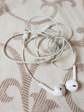 Навушники до Айфона