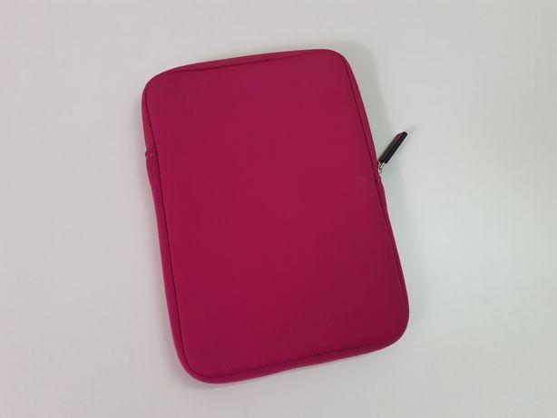 """Capa rígida para tablet até 8"""" (como nova)"""