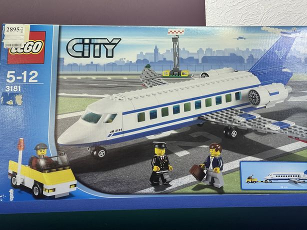 Lego самолет