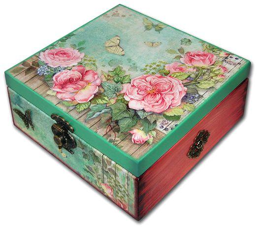 SZKATUŁKA pudełko drewniane HOUSE of ROSES 20x20