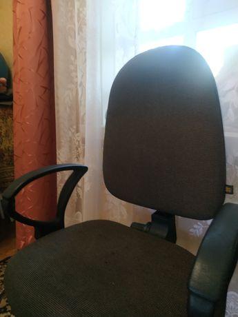 Продам в хорошем состоянии стул.
