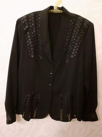 Czarna bluzeczka narzutka xxl