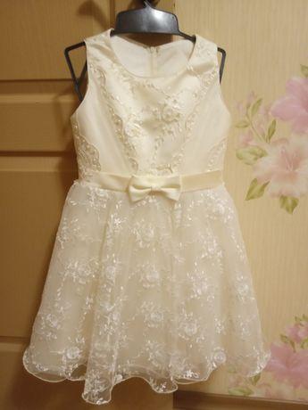 Нарядное платье для девочки 2-5 лет