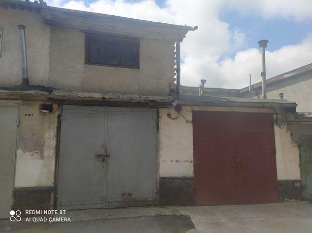 """Продаж 2 поверхового гаража в центрі міста по вул. Прибузька """"Кордон"""""""