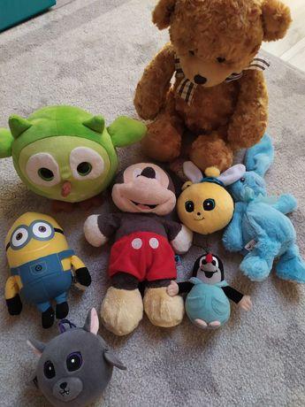 Maskotki - myszka Miki, królik , Krecik, Minionek, miś