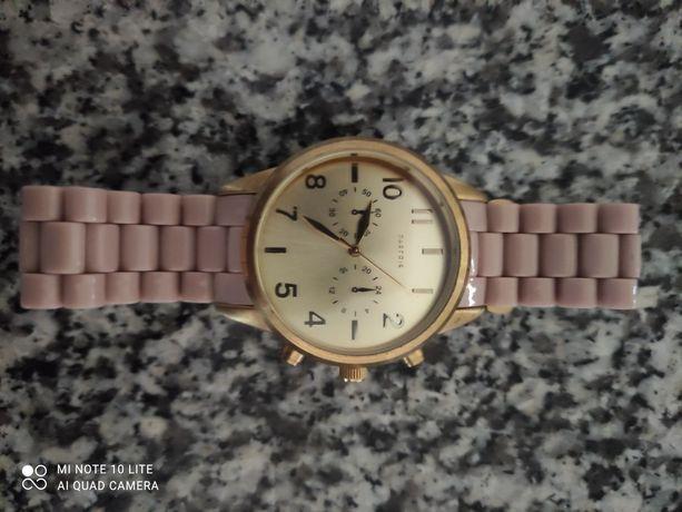 Vendo relógio em bom estado