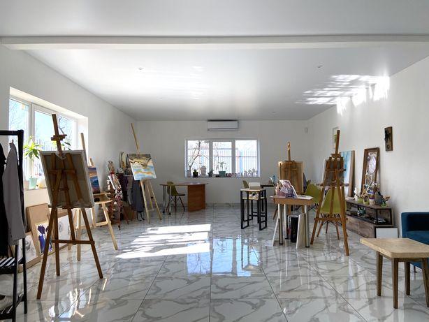 Место для проведения уроков по живописи и рисунку