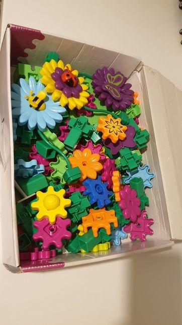 Dla dziewczynki, Korbo klocki, 116 elementów konstrukcyjne klocki