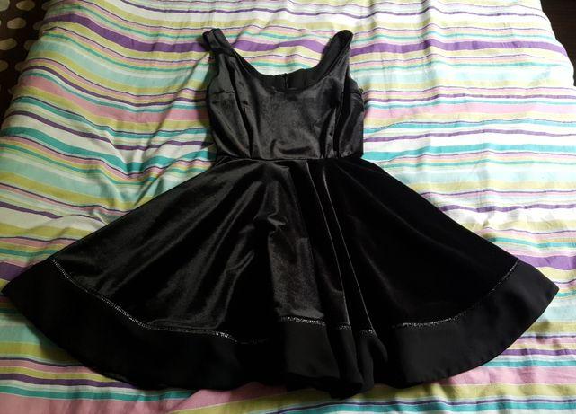 Czarna sukienka By o la la