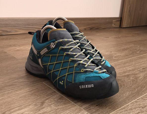 Продам БОМБЕЗНІ жіночі трекінгові кросівки SALEWA WS WILD FIREGTX lowa