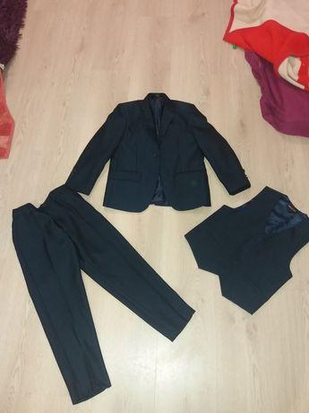 Костюм тройка 6-7лет, 7-8лет пиджак, желетка, штани