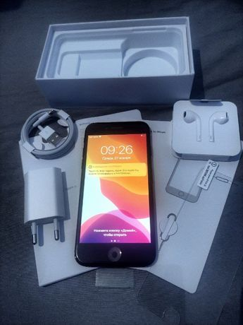 New iPhone 7 32 полный комплект в пленке! JetBlack Neverlock Айфон 7