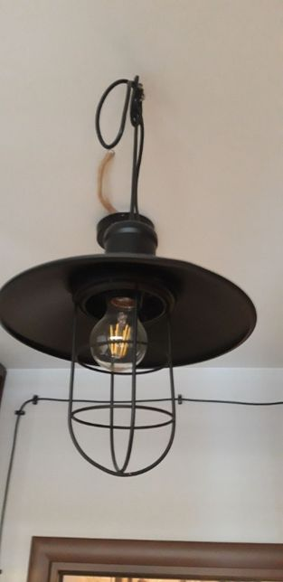 lampa wisząca czarna typu loft