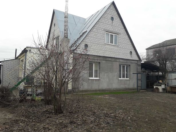 продам кирпичный дом 110 кв.м. в с.Гора на участке 11 сот.