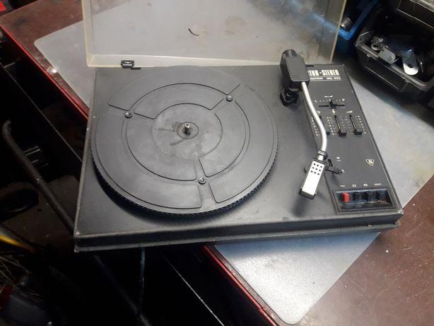 Gramofon stan nieznany