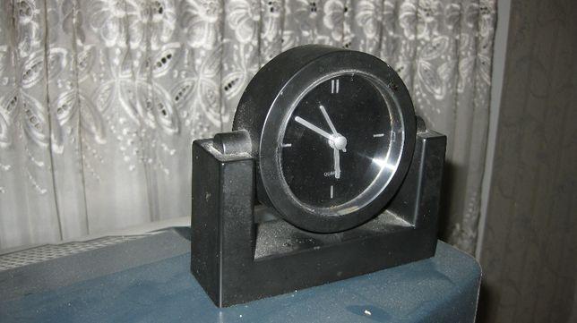 Годинник настольний, часы настольные.
