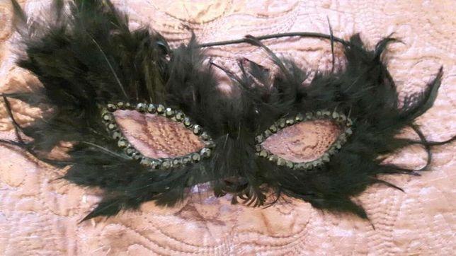 Maska karnawałowa PIÓRA SEXY