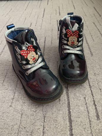 Демисезонные ботинки на деврчку с мини