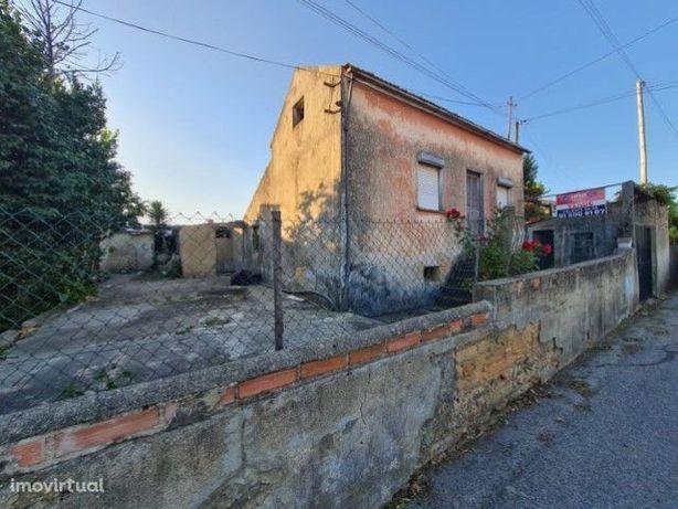 Moradia - reconstruir/reabilitar em Valongo do Vouga (Águeda, Aveiro)
