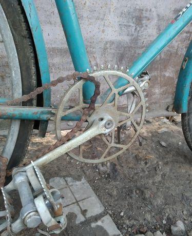 ХВЗ .Велосипед спутник В 37