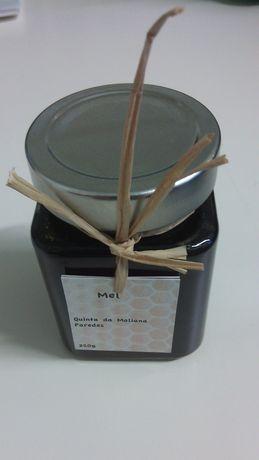Vende-se mel de produção própria