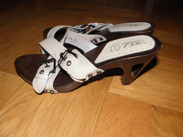 Sandały drewniane brązowo-kremowe na obcasie,rozm. 37,dł. wkładki 24cm