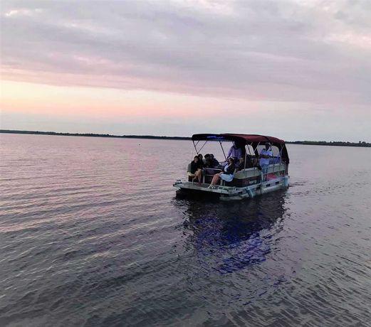 Rejs Katamaranem Motorowym Po Zbiorniku Jeziorsko