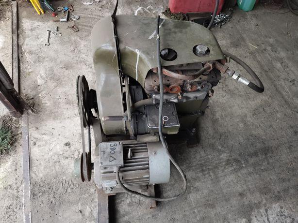 Sprężarka kompresor przerobiony z silnika spalinowego UD2