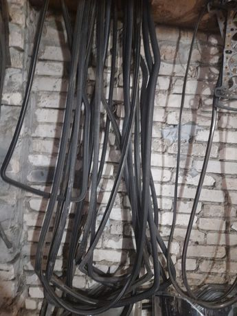 Уплотнитель,резинка стекла таврия славута заз