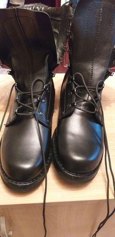 Nowe męskie buty wysokie