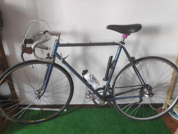 Bicicleta de estrada vintage