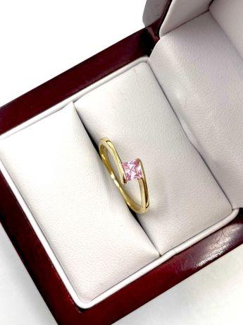 Złoty Pierścionek Pr: 585 Waga: 1,98 G R.14 PLUS LOMBARD