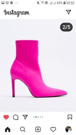 Очень красивые и удобные в носке ботинки .