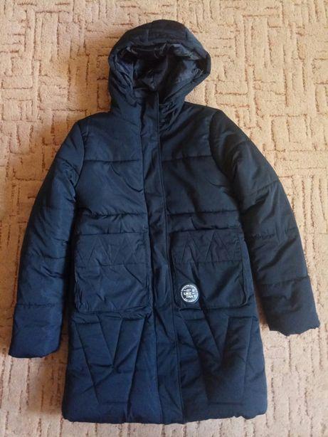 Демисезонная курточка Reserved ,пальто на р.145-155.НОВАЯ.
