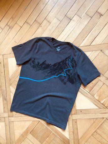 Футболка, куртка Arcteryx patagonia tnf berghaus fjallraven