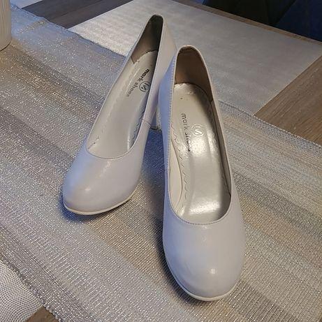 Buty czółenka do ślubu