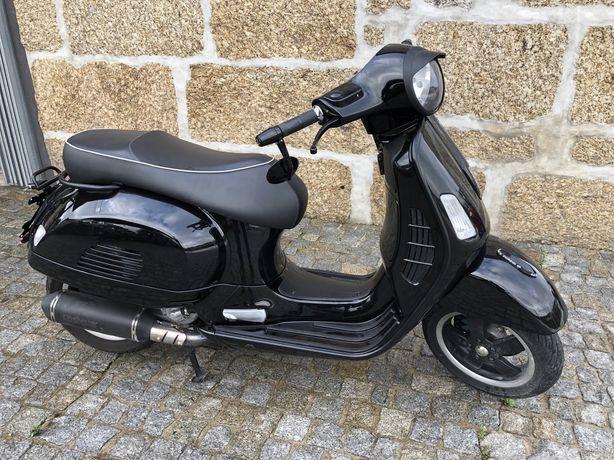 Vespa GTS 300 ano 14