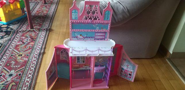 Zamek rozkładany dla Barbie