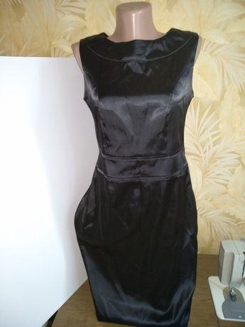 Платье атласное чёрное , р.40 (12)