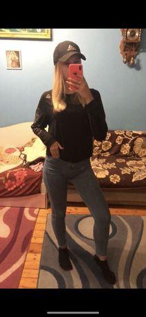 Продам джинси в ідеальному стані одягали 2-3 рази!!