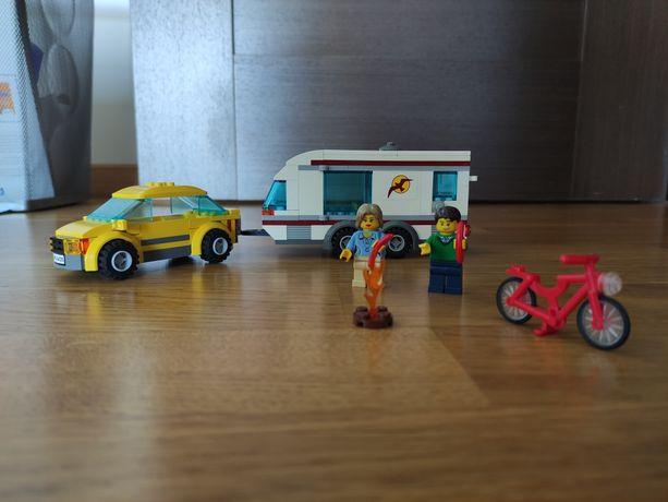 Camping LEGO city 4435