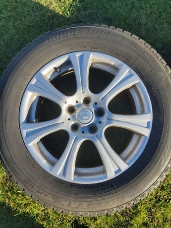 Felgi aluminiowe 114.3 R17 i opony zimowe Bridgestone