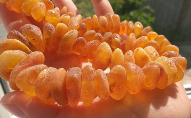 Янтарные бусы, натуральный лечебный янтарь