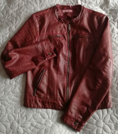 Ciemnoczerwona kurtka z eko skóry