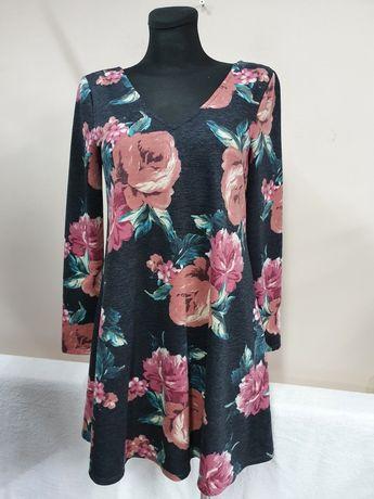 By&By sukienka dzianinowa rozkloszowana z USA
