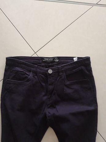 RESERVED Slim fit męskie spodnie rurki skinny super kolor 32